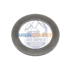 Shim for distributor driveshaft, petrol engines