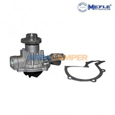Water pump (half, pulley side) VW T3 (08/85-07/92) 1.6L D/TD, 1.7L D, VW T4 1.9L D/TD & 1.8L, 2.0L petrol, Ø 30 mm pulley shaft